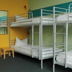 Отель St Christophers Inn Berlin Кровать в общем номере с двухъярусной кроватью фото 34