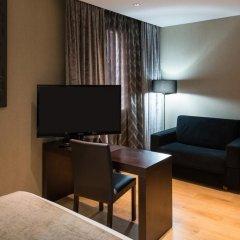 Отель Catalonia Avinyó 3* Улучшенный номер с различными типами кроватей фото 3