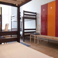 Отель 16eur - Fat Margaret's Кровать в общем номере с двухъярусной кроватью фото 4