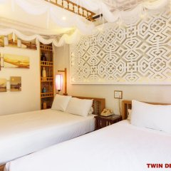 Vinh Hung Library Hotel 3* Номер Делюкс фото 5