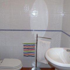 Отель Ribamar SurfHouse ванная фото 2