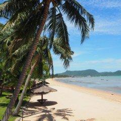 Отель Sea Village Beach Front пляж фото 2