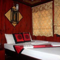 Отель Halong Dolphin Cruise 3* Улучшенный номер с различными типами кроватей фото 3