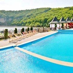 Kseniya Hotel Vrublivtsi бассейн