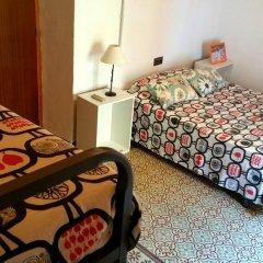 Отель Arc House Sevilla Номер с общей ванной комнатой с различными типами кроватей (общая ванная комната) фото 5