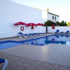 Отель Villa la Dehesa бассейн