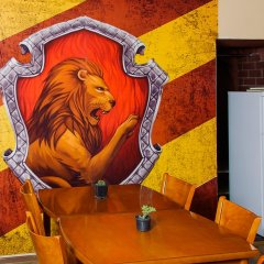 Hogwarts Hostel Кровать в общем номере фото 2