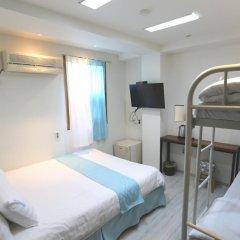 Отель Must Stay 2* Стандартный семейный номер с двуспальной кроватью фото 3
