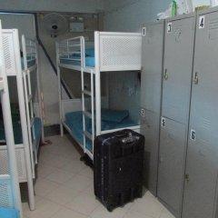 MKS Backpackers Hostel - Cuff Road Кровать в мужском общем номере с двухъярусной кроватью фото 4