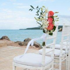 Отель Royalton White Sands All Inclusive пляж