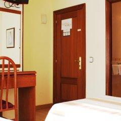 Отель Hostal San Glorio 2* Стандартный номер с различными типами кроватей фото 3