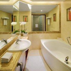 Radisson Blu Hotel Shanghai New World 5* Люкс повышенной комфортности с различными типами кроватей фото 4