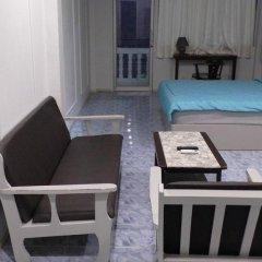Отель Seaview 3* Стандартный семейный номер с двуспальной кроватью фото 5