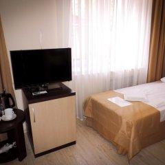 Гостиница Inn Ordzhonikidze 8а Стандартный номер с двуспальной кроватью фото 12