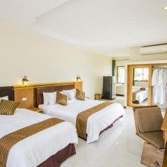 Отель Baan Tong Tong Pattaya 3* Стандартный семейный номер с двуспальной кроватью