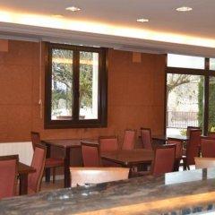 Отель Comtes de Queralt Испания, Санта-Колома-де-Керальт - отзывы, цены и фото номеров - забронировать отель Comtes de Queralt онлайн гостиничный бар