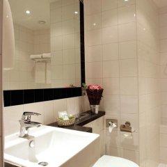 Отель Etoile Trocadero 3* Улучшенный номер с двуспальной кроватью фото 4