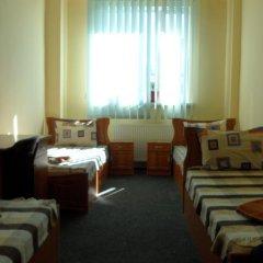 Hostel Vitan Номер Эконом разные типы кроватей фото 5
