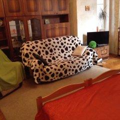 Ester President Hostel Стандартный номер с 2 отдельными кроватями (общая ванная комната) фото 10