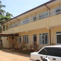 Отель Grand Beach Holiday Resort Шри-Ланка, Калутара - отзывы, цены и фото номеров - забронировать отель Grand Beach Holiday Resort онлайн парковка