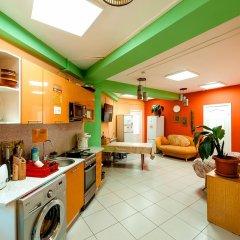 NOMADS hostel & apartments Кровать в общем номере с двухъярусной кроватью фото 7