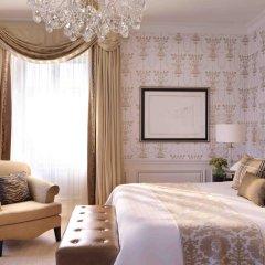 Four Seasons Hotel Prague 5* Улучшенный номер с различными типами кроватей фото 5