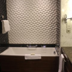 Hilton Istanbul Bomonti Hotel & Conference Center 5* Стандартный номер с 2 отдельными кроватями фото 2