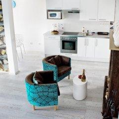 Апартаменты Royal Bellezza Apartments Улучшенная студия с различными типами кроватей фото 17