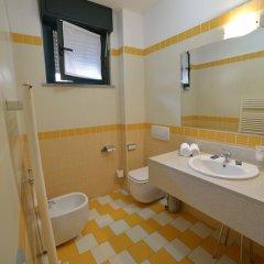 Hotel Leonardo Парма ванная