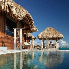 Отель Four Seasons Resort Bora Bora 5* Бунгало с различными типами кроватей фото 15