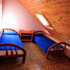 Гостиница Бриз 3* Стандартный семейный номер с двуспальной кроватью фото 3