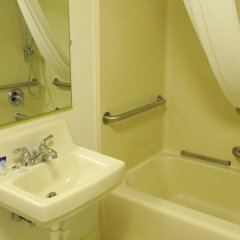 Отель Americas Best Value Inn Three Rivers 2* Стандартный номер с различными типами кроватей фото 4