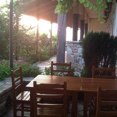 Отель John's Guesthouse Албания, Ксамил - отзывы, цены и фото номеров - забронировать отель John's Guesthouse онлайн питание
