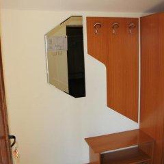 Отель Complex Asenevci Боженци сейф в номере