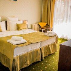 Шарм Отель 2* Стандартный семейный номер разные типы кроватей