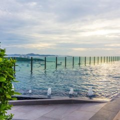 Отель The Cozy@The Base Pattaya пляж