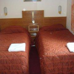 Seymour Hotel 2* Стандартный номер с 2 отдельными кроватями