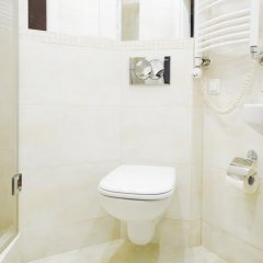 Отель Hosapartments City Center Улучшенные апартаменты с различными типами кроватей фото 15