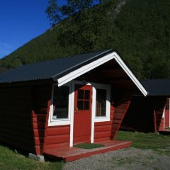 Отель Tromsø Camping Коттедж Эконом с различными типами кроватей фото 6