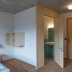 Youth Hostel Gstaad Saanenland Стандартный номер с различными типами кроватей фото 3