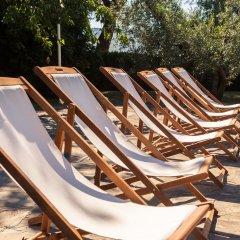 Отель Podere Poggio Mendico Ареццо бассейн