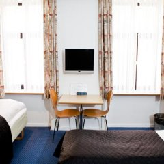 Отель Saga Hotel Дания, Копенгаген - 8 отзывов об отеле, цены и фото номеров - забронировать отель Saga Hotel онлайн комната для гостей фото 4