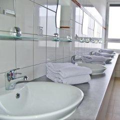 Check In Hostel Berlin Кровать в общем номере с двухъярусной кроватью фото 14