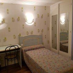 Отель Hôtel Sibour 2* Стандартный номер с различными типами кроватей фото 2