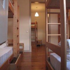 Inn Possible Lisbon Hostel Кровать в общем номере с двухъярусной кроватью фото 3