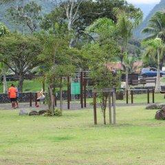 Отель Taharuu Surf Lodge Французская Полинезия, Папеэте - отзывы, цены и фото номеров - забронировать отель Taharuu Surf Lodge онлайн спортивное сооружение