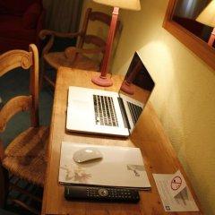 Hotel Edelweiss Candanchu 3* Стандартный семейный номер с двуспальной кроватью фото 15