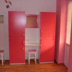 My Corner Hostel Кровать в женском общем номере двухъярусные кровати