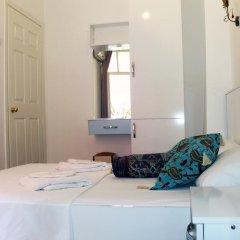 Отель Tulip Guesthouse 2* Стандартный номер с двуспальной кроватью фото 9