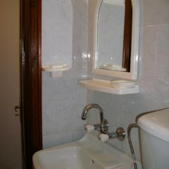 Отель Guest Rooms Dona 2* Стандартный номер с двуспальной кроватью фото 10